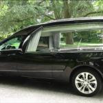 zwarte-mercedes-rouwauto-lijkauto-uitvaart-begrafenisauto-doetinchem-monnereau